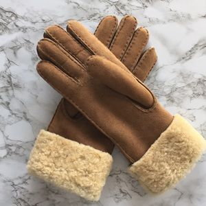L.L. Bean Shearling Gloves